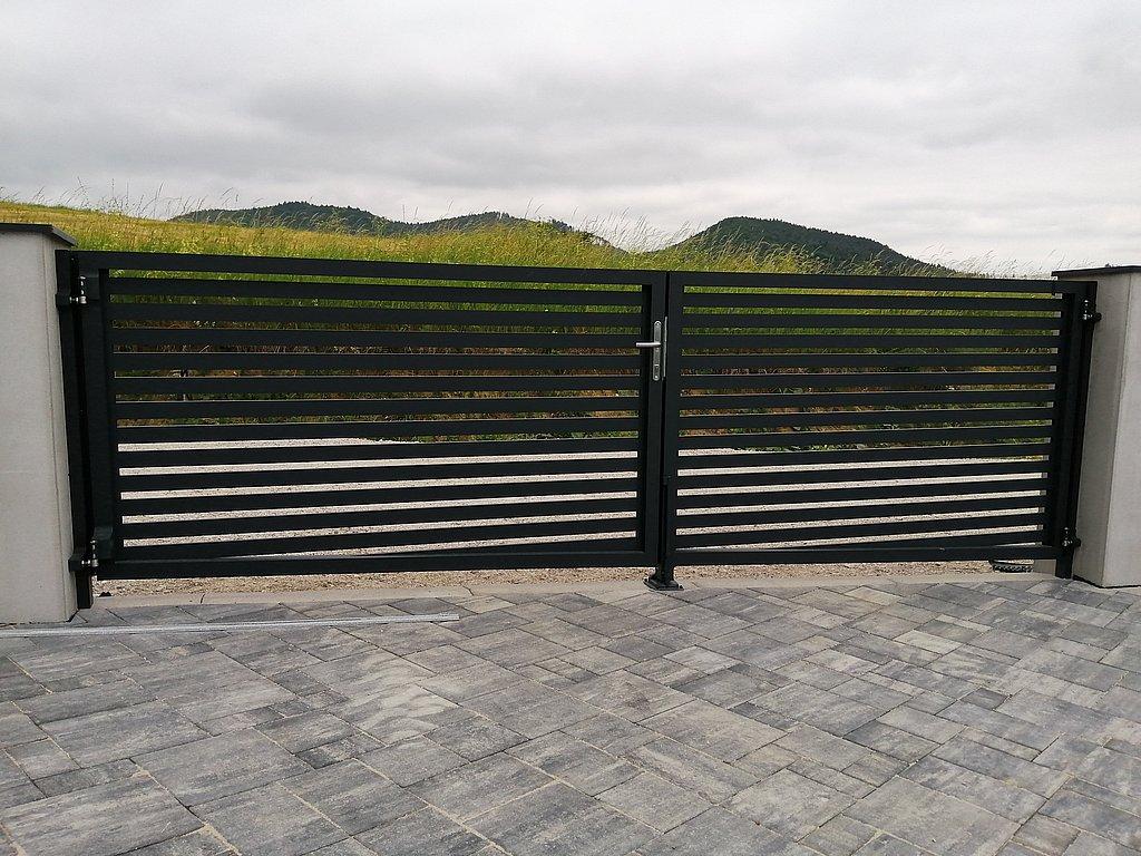 Hliníkové brány