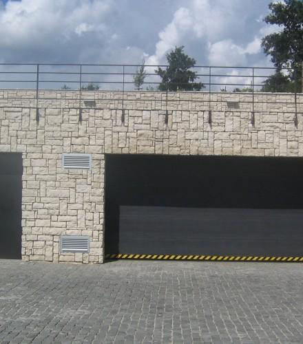 Sekcionálne brány